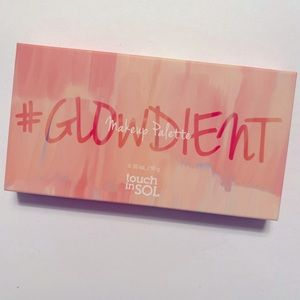 TOUCH IN SOL Glowdient Makeup Palette NEW